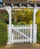 Ein passendes Gartentor für den Gartenzugang finden